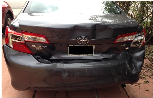Rear end damage to car of passenger who claimed meniscus (knee) tear