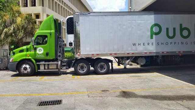 Publix 18 wheeler truck